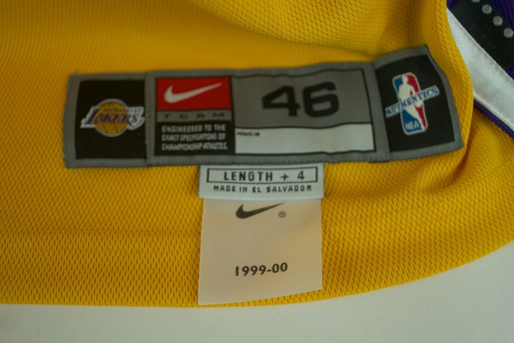 Lot Detail - Kobe Bryant 1999-2000 Game Issued & Autographed Home