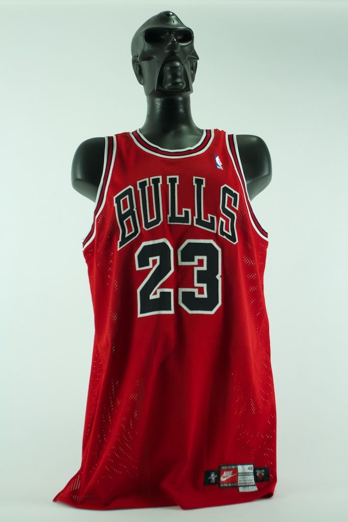 1857d0dd83d Lot Detail - Michael Jordan 1997-1998 Game Used Chicago Bulls Jersey ...