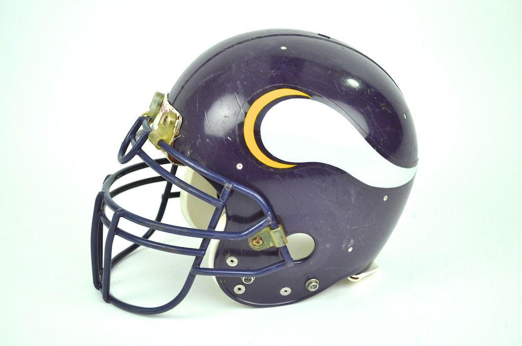 Lot Detail - Minnesota Vikings 1980 s Game Used Helmet 4a23310f9