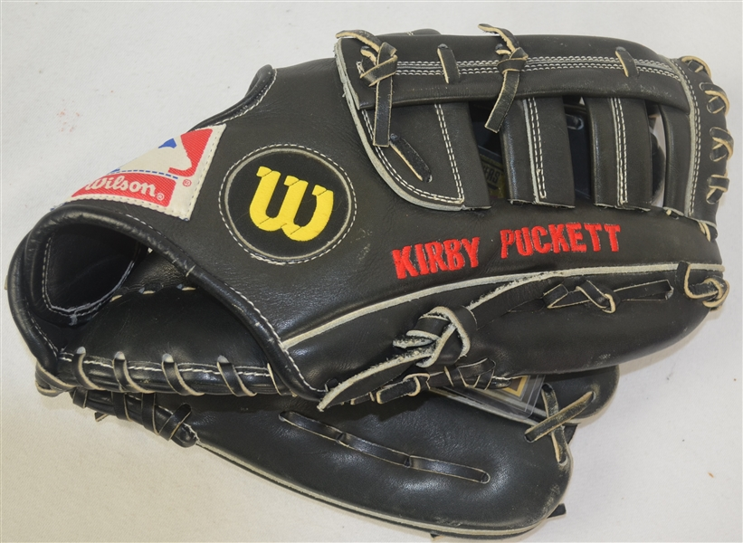 Kirby Puckett c. 1991-92 Minnesota Twins Professional Model Fielding Glove w/Medium Use
