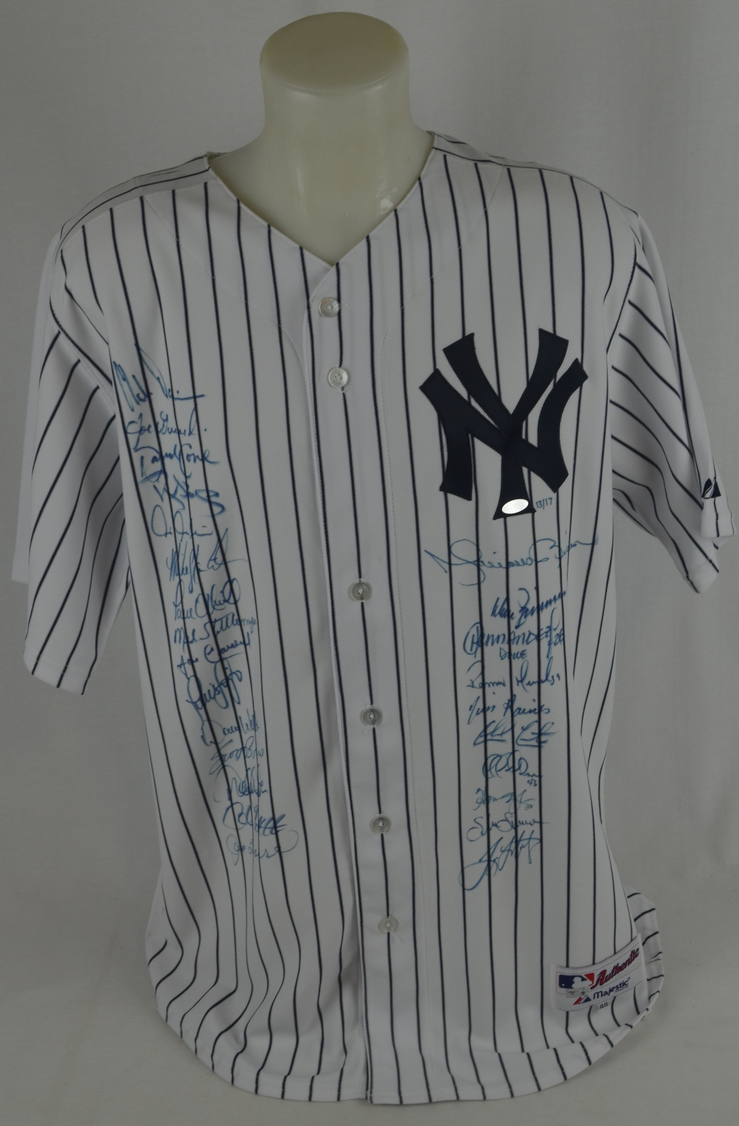 low priced 4c253 d4781 Lot Detail - New York Yankees 1998 Team Signed World Series ...