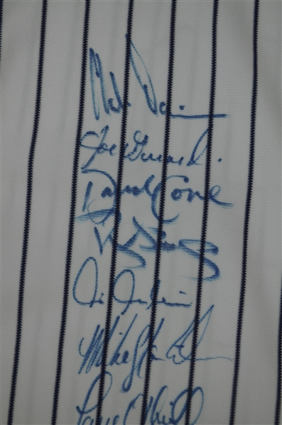 New York Yankees 1998 Team Signed World Series Championship Jersey