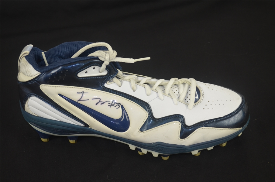 Joe Looney Autographed Worn Shoe w/Signing Photo