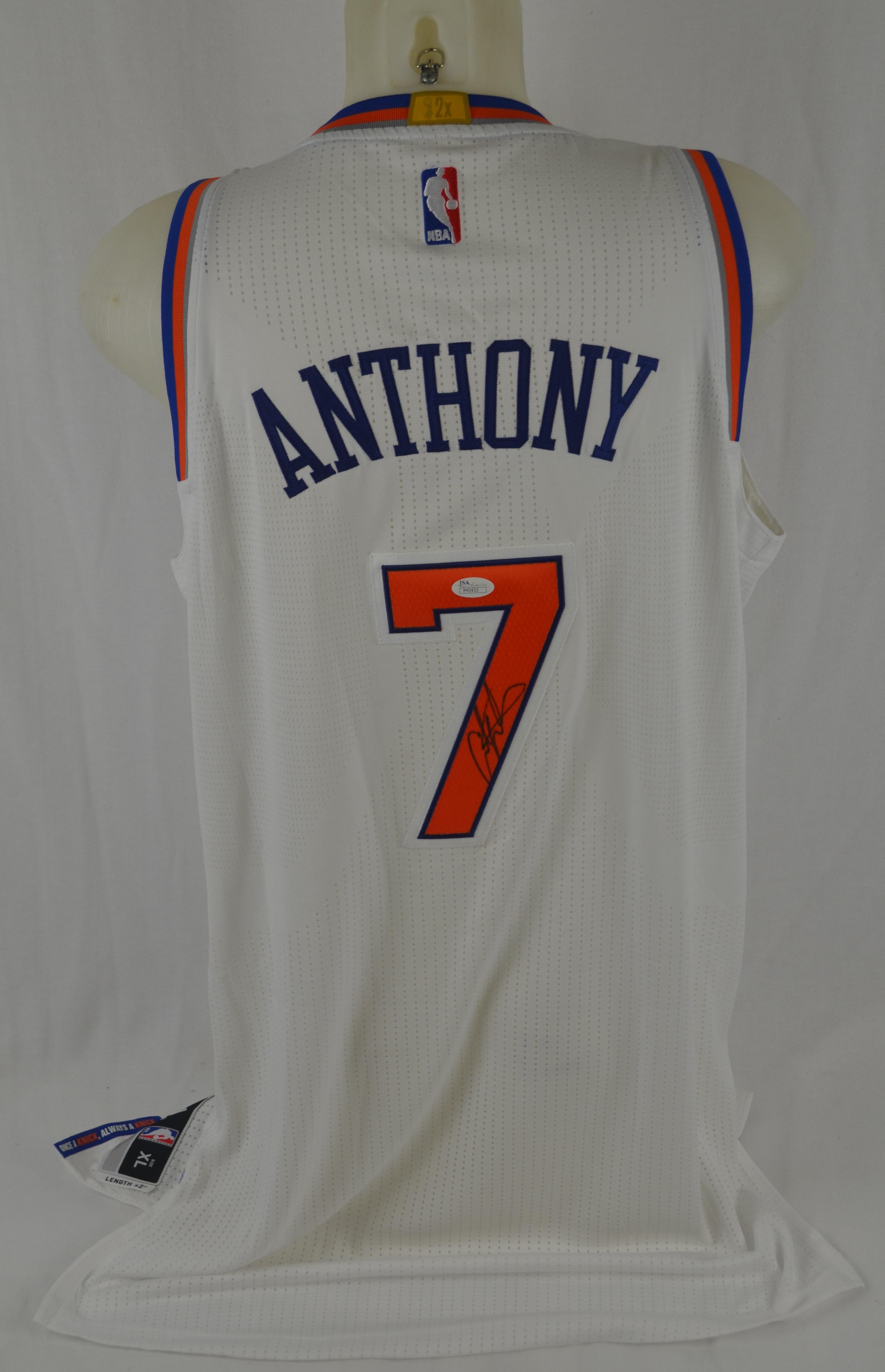 new product 3a43b 6fa9b Lot Detail - Carmelo Anthony Autographed NY Knicks Jersey