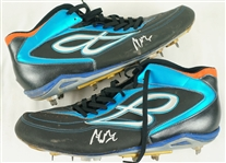 Adeiny Hechavarria Professional Model Cleats w/Heavy Use