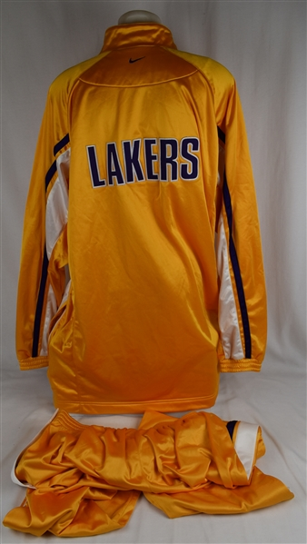 Kobe Bryant c. 2000-02 Los Angeles Lakers Professional Model Warm-Up Suit w/Medium Use