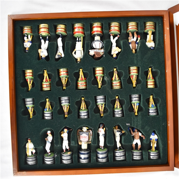 Danbury Mint National League vs American League HOF Chess Set