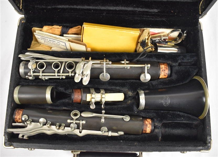 Vintage Henri Martinique Clarinet w/Original Case