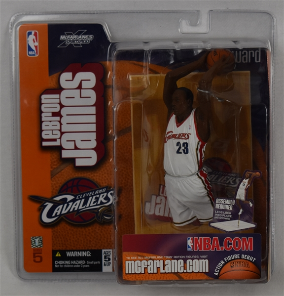 LeBron James & Steph Curry McFarlane Figures w/Original Packaging