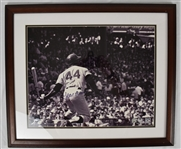 Hank Aaron Autographed 16x20 Framed Photo