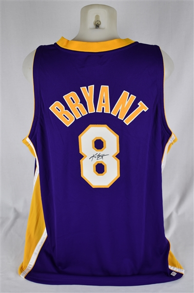 Kobe Bryant Los Angeles Lakers Autographed Jersey