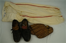 Gordon Jones 1958-59 San Francisco Giants Game Used Glove Cleats & Pants