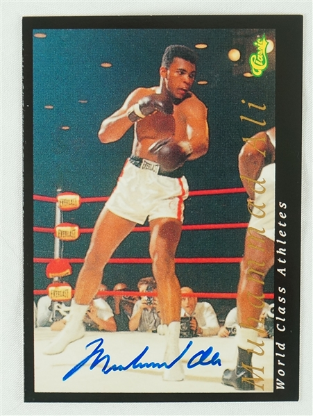 Muhammadi Ali Autographed 1992 Limited Edition Classic Boxing Card