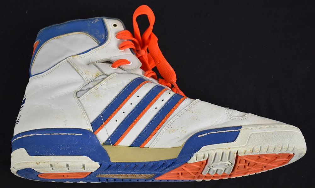 Patrick Ewing New York Knicks Game Used Shoe