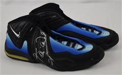 Kevin Garnett Minnesota Timberwolves Game Used & Autographed Shoes w/Puckett Family Provenance