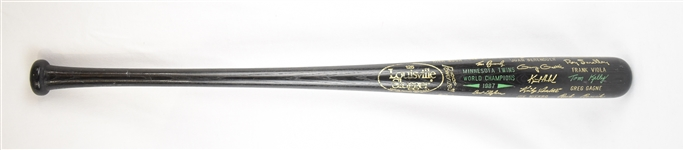 Kirby Pucketts 1987 World Series Champions Black Trophy Bat w/Puckett Family Provenance