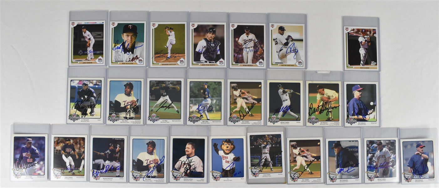 Minnesota Twins Collection of 26 Autographed 4x5 Cards